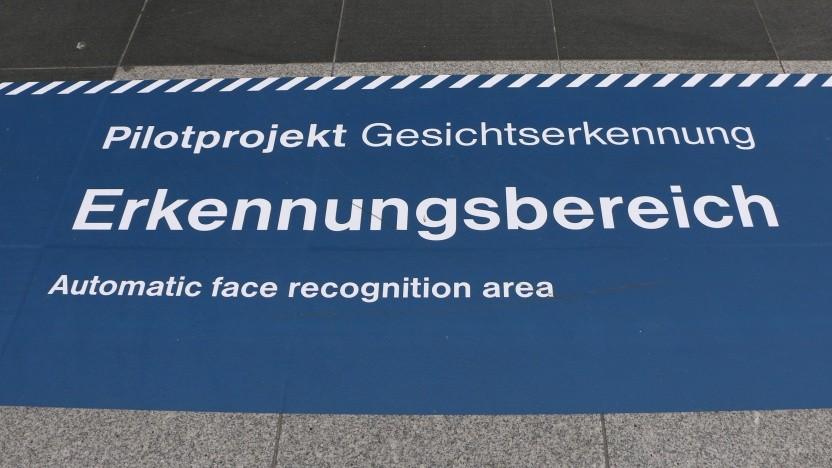 Der umstrittene Test am Berliner Südkreuz soll in veränderter Form fortgesetzt werden.