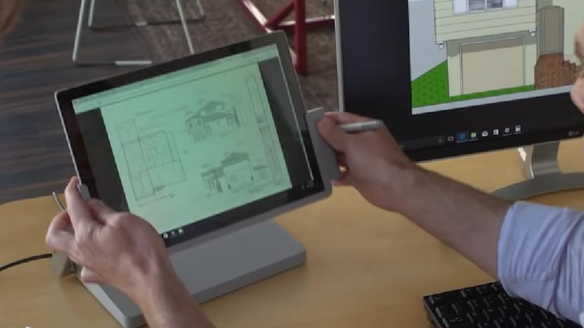 Das Kensington SD7000 hat ein Schwenkgelenk wie das Surface Studio.