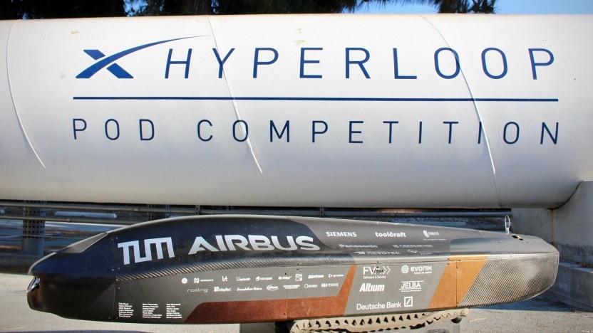Hyperloop-Pod von Team Warr gewinnt mit Rekordgeschwindigkeit.