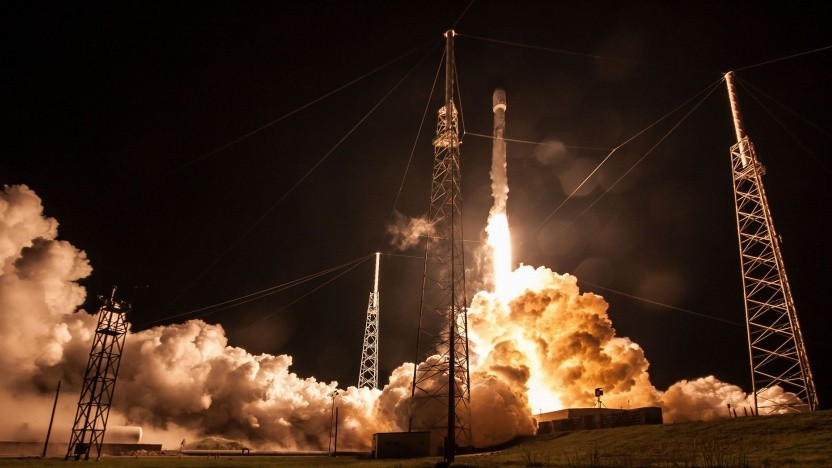 Start der Falcon 9 Block 5 am 22. Juli 2018, Landung nach acht Minuten