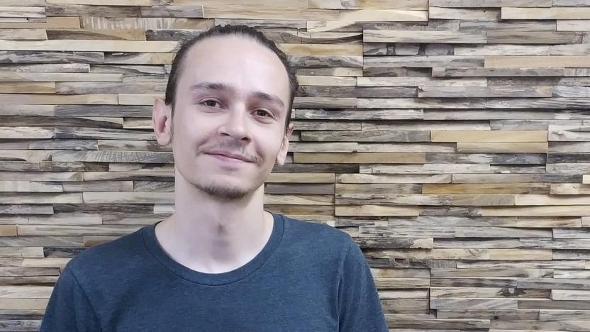 Tobias ist ein Systemadministrator mit ungewöhnlichen Hobbys.