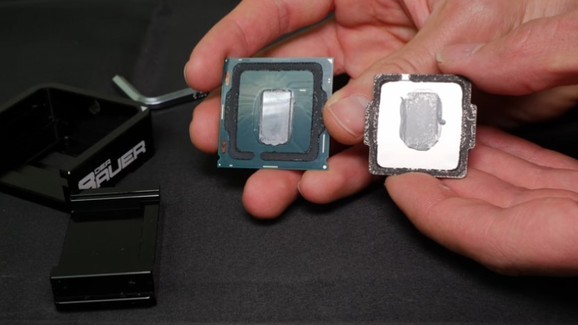 Ein geköpfter Core i7-8086K