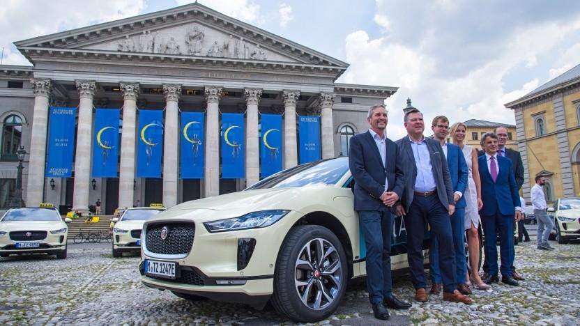 Elektrotaxis von Jaguar in München