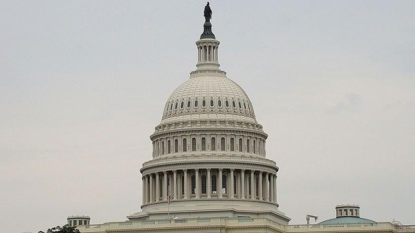 Senator Mark Warner schlägt Regeln für US-Technologiefirmen vor.