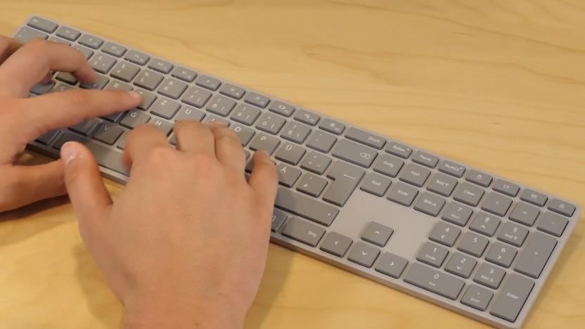 Das Modern Keyboard hat eine schlanke Silhouette.