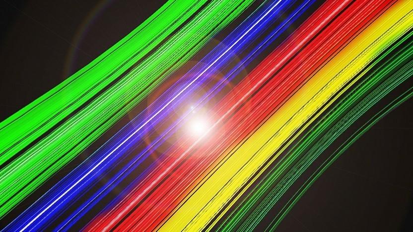 Für die schnelle Übertragung nutzt das Experiment Farbspektren in Lichtpulsen.