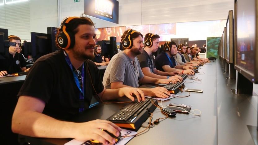 Besucher auf der Branchen-Großveranstaltung Gamescom