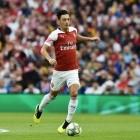 E-Sport: Mesut Özil baut Fifa-Team auf
