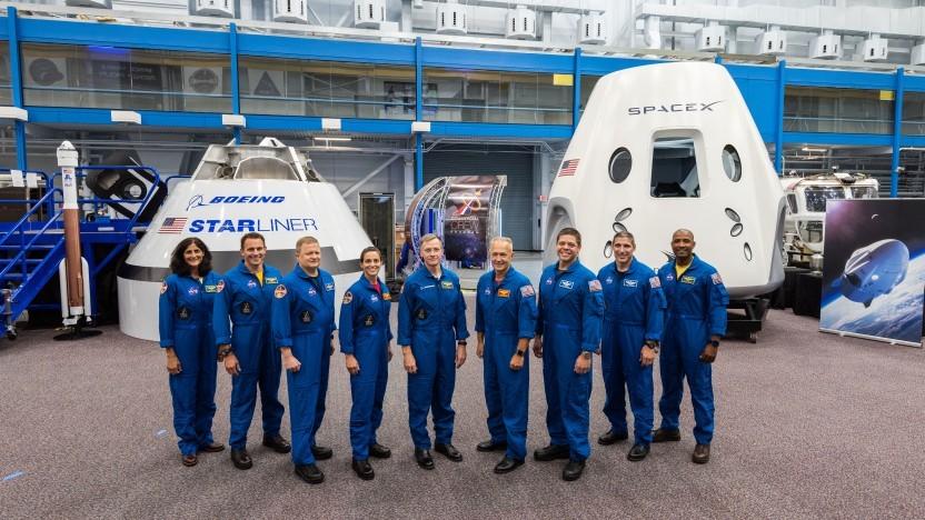 Neun Astronauten wurden für vier Flüge ausgewählt.