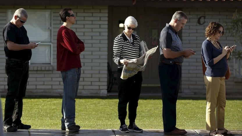 Lange Schlangen vor Wahllokalen könnten bald der Vergangenheit angehören.