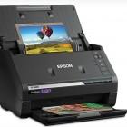 Einzugsscanner: Epson Fastfoto FF-680W scannt ein Foto pro Sekunde