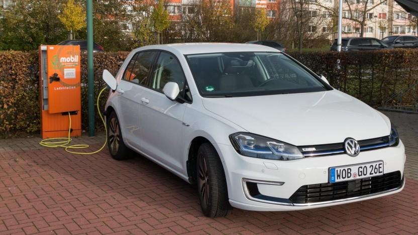 VW E-Golf (Symbolbild): Geld für die Verringerung der Stickoxidemissionen von Fahrzeugen