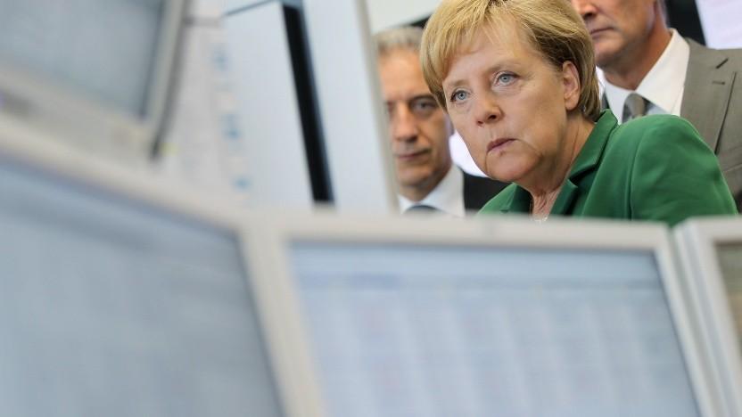 Bundeskanzlerin Merkel im August 2018 beim Besuch einer Energiebörse.