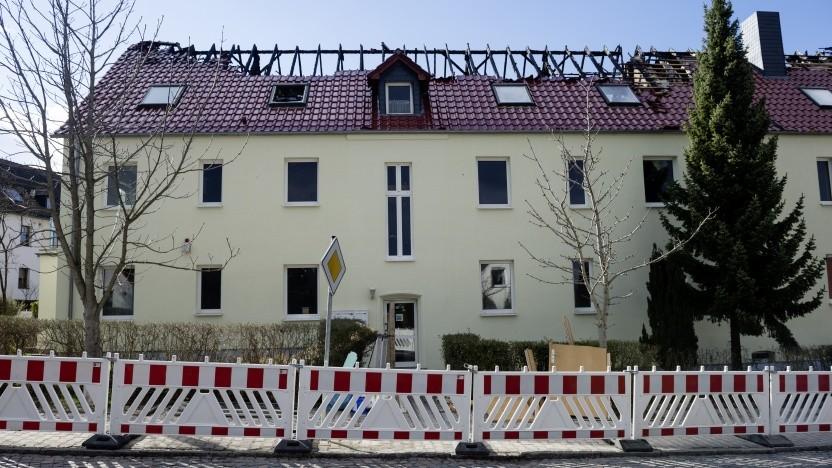 Durch Brandanschlag zerstörte Flüchtlingsunterkunft im sächsischen Tröglitz