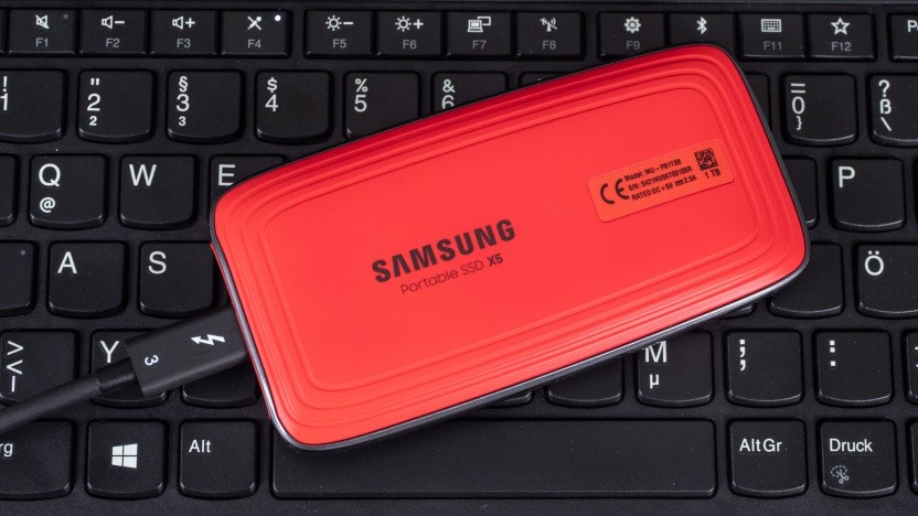 Samsungs Portable SSD X5 auf einem Thinkpad