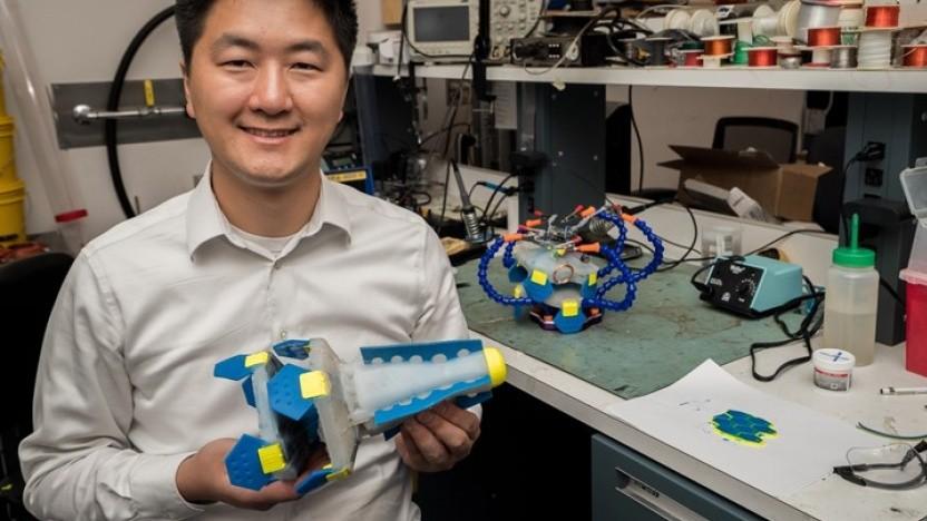 You Wu mit Lighthouse: Der Roboter schwimmt mit der Strömung.