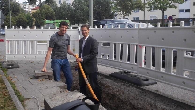 FTTB-Netzausbau in München im Jahr 2016 mit Golem.de Redakteur Achim Sawall