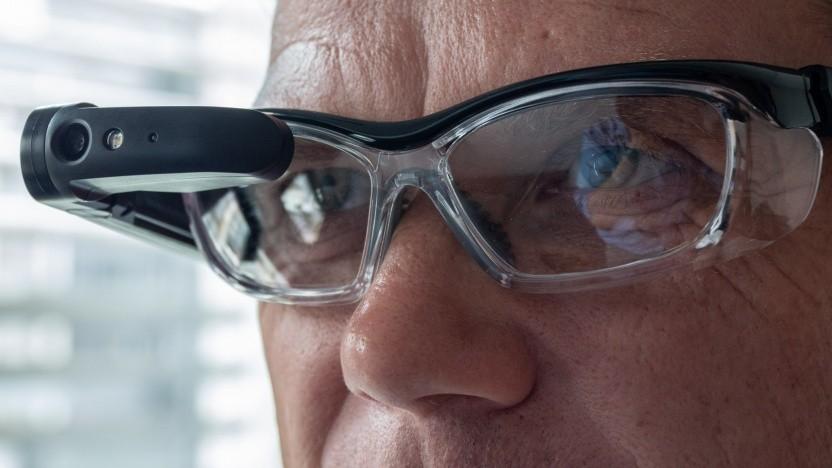 Das Brillenmodul von Dynaedge ist robust, aber nicht zu schwer.