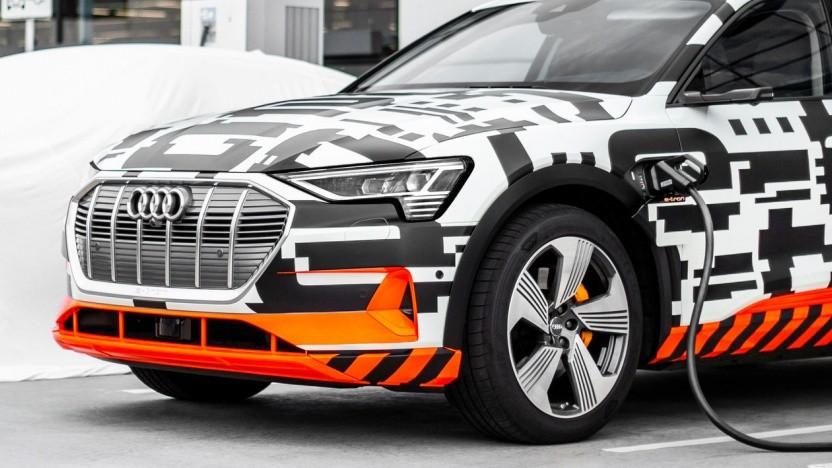 Audi E-Tron noch leicht getarnt