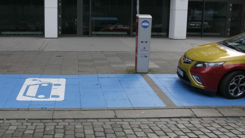 Ladestation für Elektroautos in Hamburg: hohe Abdeckung in einigen Städten