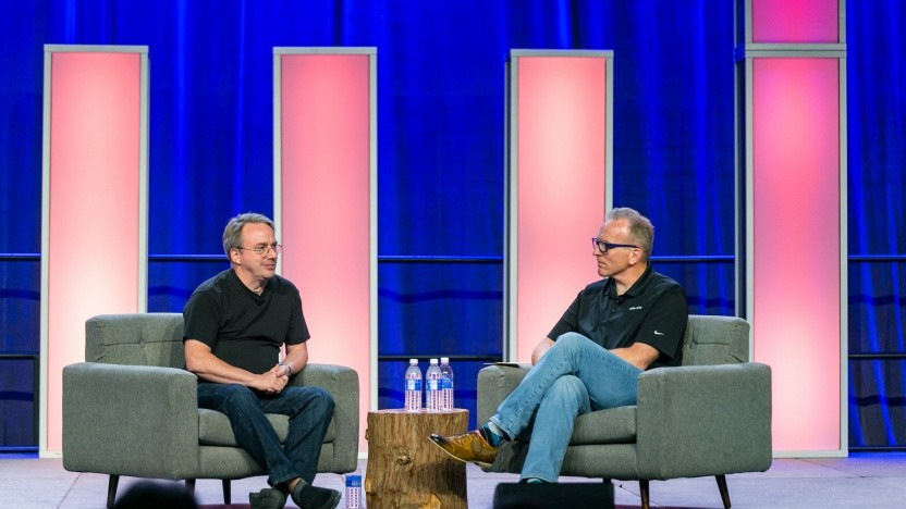 Linus Torvalds (l.) auf dem Open Source Summit 2018