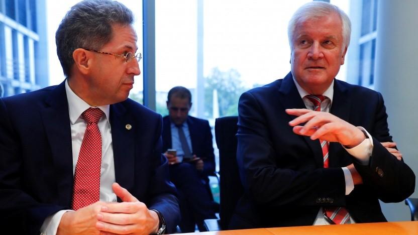Hans-Georg Maaßen (links) und sein alter und neuer Chef Horst Seehofer (CSU)
