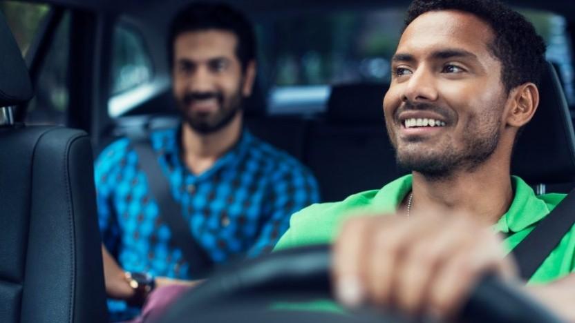 Uber zahlt erhöhtes Beförderungsentgelt.