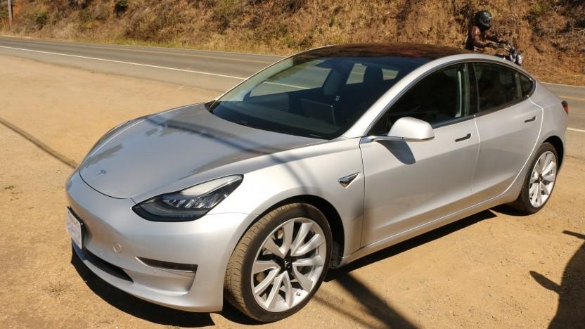 Das Model 3 von Tesla: Der Videobericht zur Probefahrt