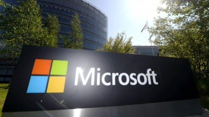 Microsoft arbeitet auch künftig an militärischen Projekten.