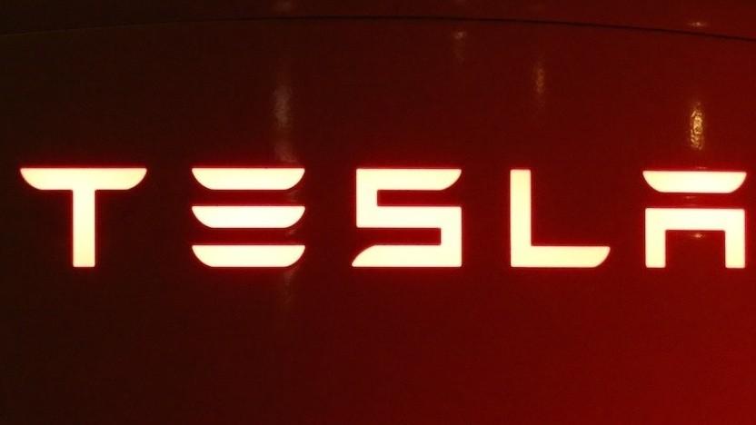Tesla-Ladesäule