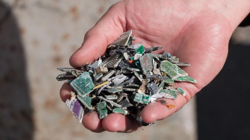 Video: Wie aus Schrott reines Kupfer wird