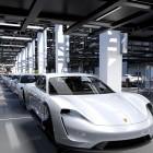 Elektrosportwagen: Porsche Taycan könnte ab 82.000 Euro kosten