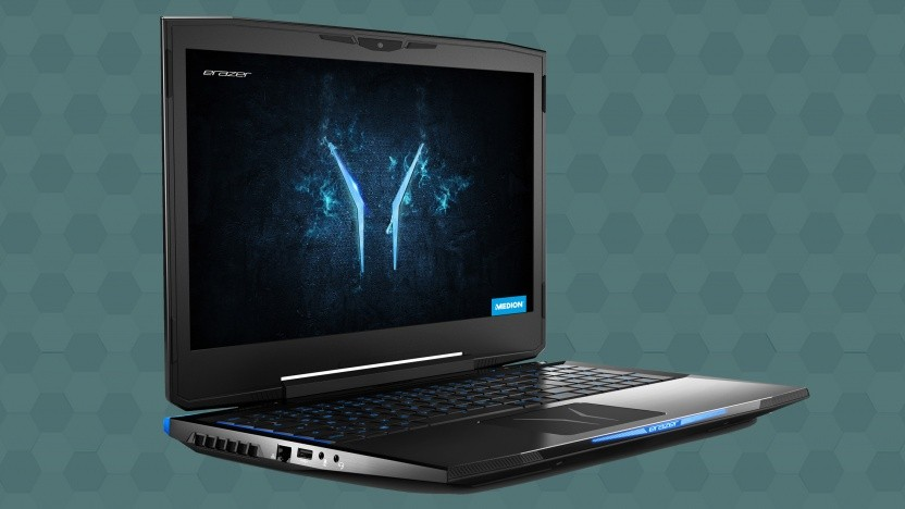 Das Erazer X6805 sieht wie ein typisches Gaming-Notebook aus.