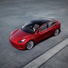 Elektroautos: Tesla schreibt schwarze Zahlen