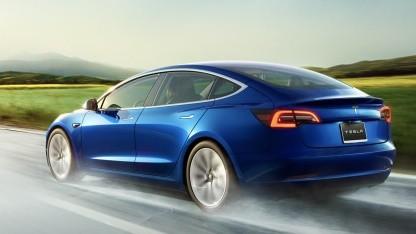 Tesla Model 3 ist in Europa angekommen.