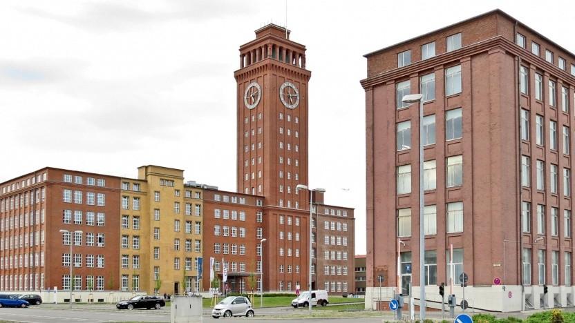 Siemens nutzt denkmalgeschützte Gebäude für seinen Campus. Es muss nicht der Siemensturm sein.