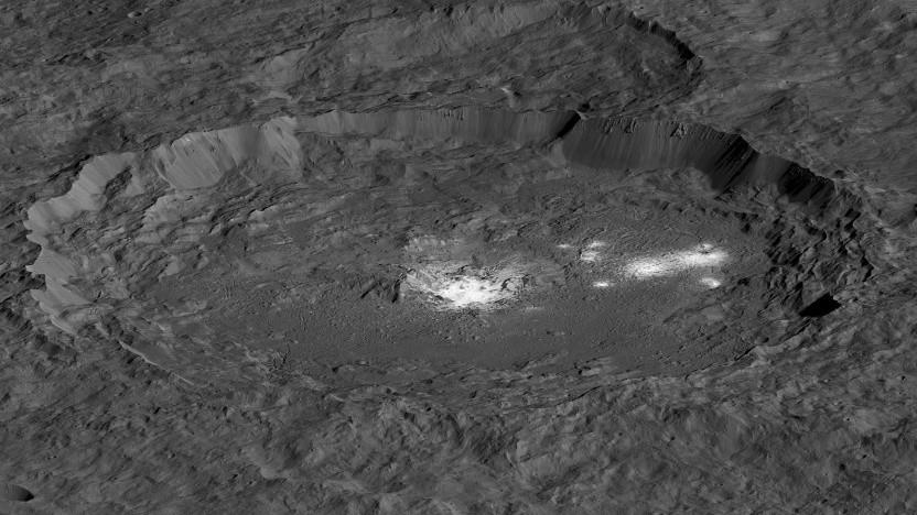 Die weißen Flecken im Occator-Krater gehörten zu den überraschendsten Funden von Dawn.