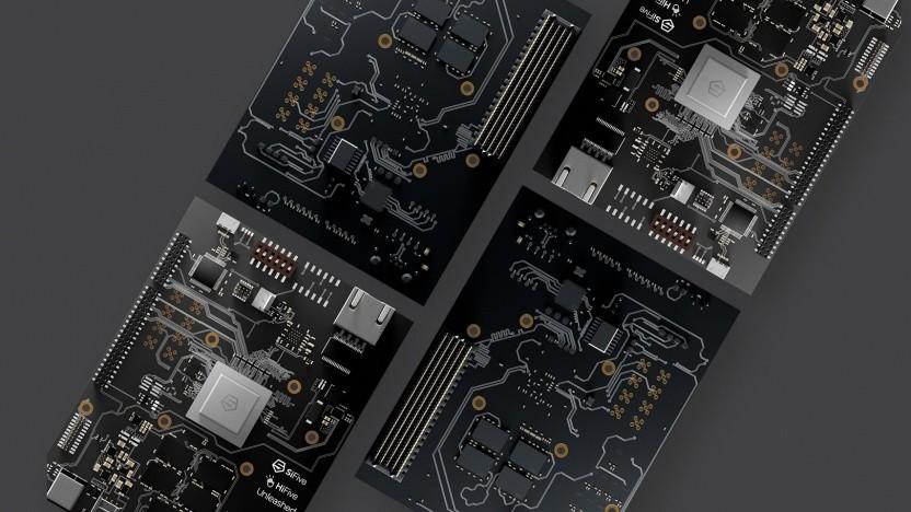 Sifive bietet mit dem Hifive Unleashed auch schon ein Board an - noch unterstützt das aber nicht die neuen CPUs.