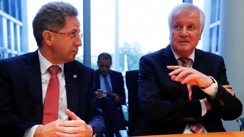 """Innenminister Seehofer (rechts) ist von Verfassungsschutzchef Maaßen """"menschlich enttäuscht""""."""