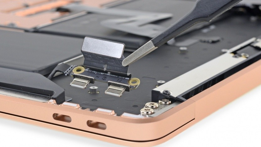 Modulare Thunderbolt-3-Ports beim Macbook Air.