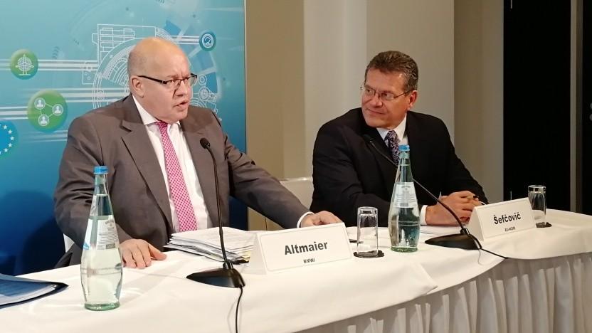 Bundeswirtschaftsminister Peter Altmaier (l.) und EU-Wirtschaftskommissar Maros Sefcovic