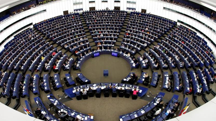 Das Europaparlament stimmt für den neuen Kommunikationskodex.