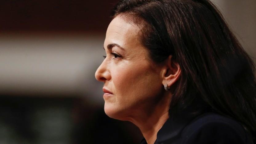 Facebook-COO Sheryl Sandberg wird in kein gutes Licht gerückt.