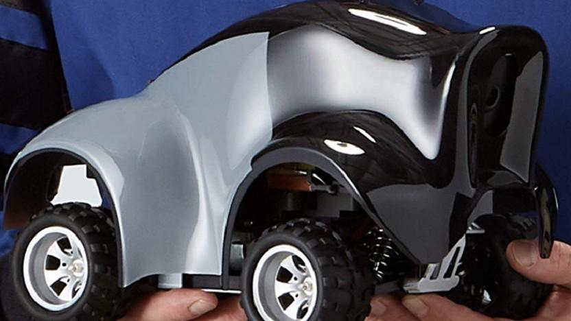 Deepracer sieht aus wie ein kleiner Geländewagen.