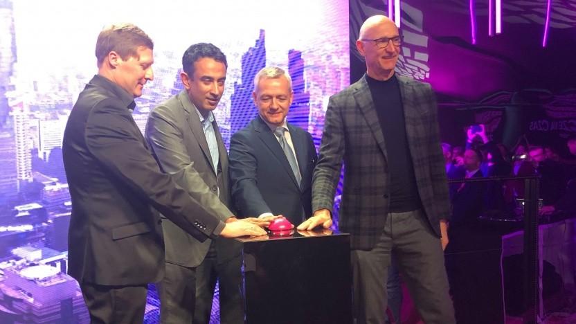 Start des 5G-Netzes in Polen. V.l.n.r.: T-Mobile-Chef Andreas Maierhofer, Telekom-Europavorstand Srini Gopalan, der polnische Digitalminister Marek Zagórski und Telekom-Vorstandsvorsitzender Tim Höttges