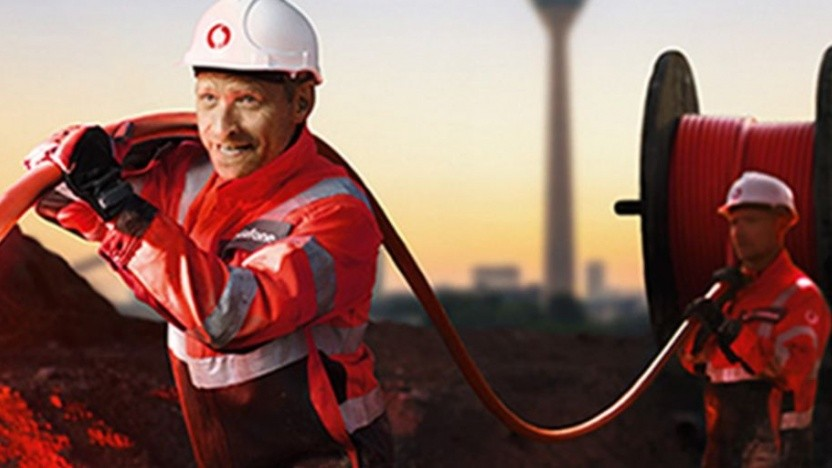 Vodafone baut auch Glasfaser aus.
