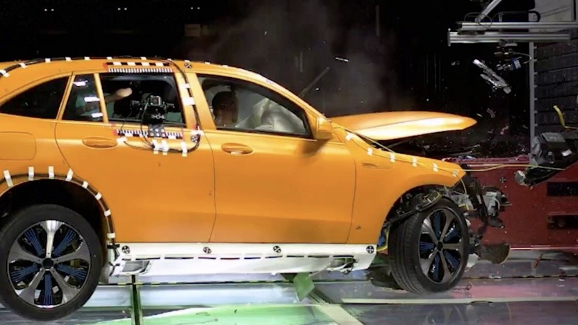 Mercedes-Benz EQC im Crashtest