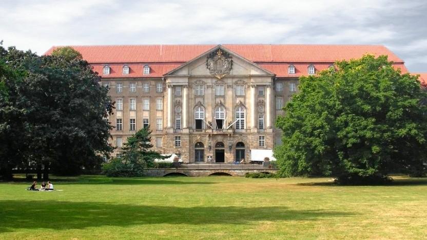 Der Anwaltsgerichtshof, der im Berliner Kammergericht tagt, muss klären, ob das BeA eine Ende-zu-Ende-Verschlüsselung braucht.