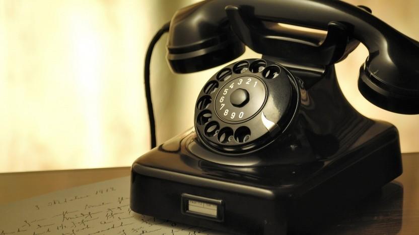 Die Bundesnetzagentur belegt zwei Callcenter-Unternehmen mit dem höchsten Bußgeldsatz.