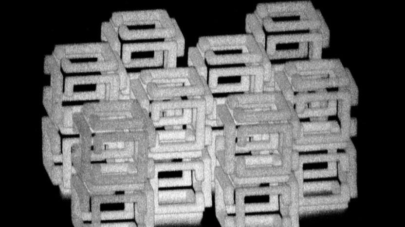 Gerüst aus Polyacrylatgel vor dem Schrumpfen: Säure blockiert negative Ladungen.